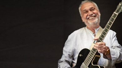 Photo of David Lebón confirmó la vigencia de sus clásicos en un soberbio show en vivo por streaming
