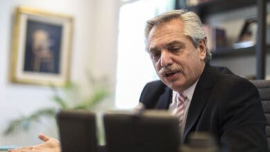 Photo of El presidente Fernández dialoga con Bolsonaro por videoconferencia